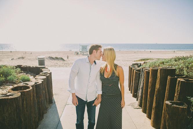 manhattan-beach-engagement-photos-3