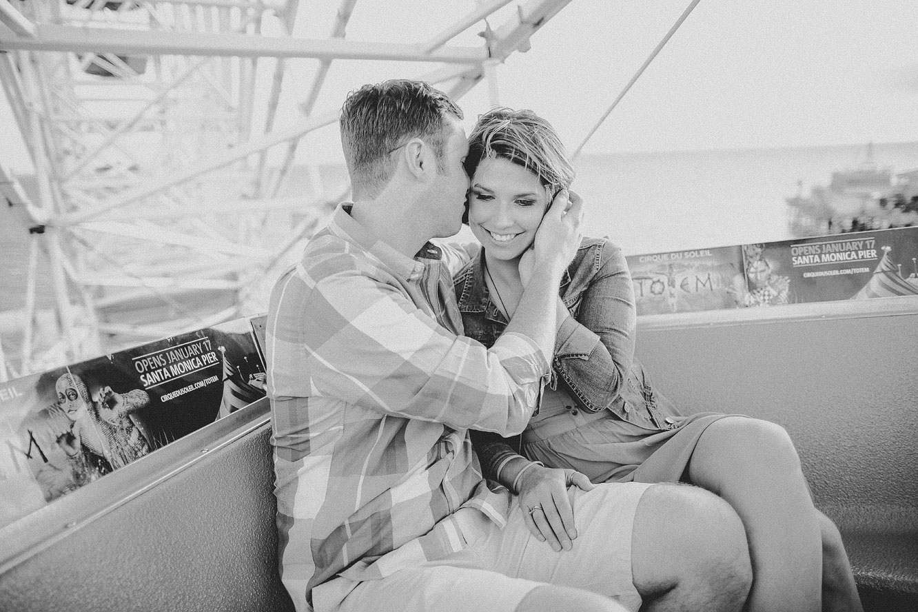 santa-monica-engagement-photos-27