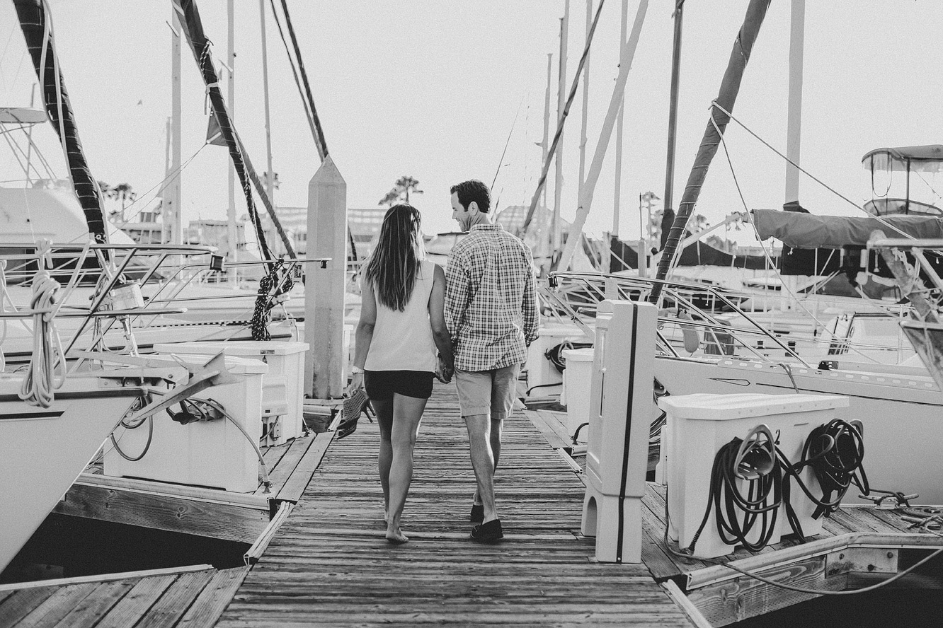 redondo-beach-engagement-photos-16