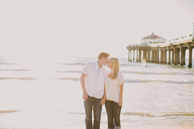 manhattan-beach-engagement-photos-12